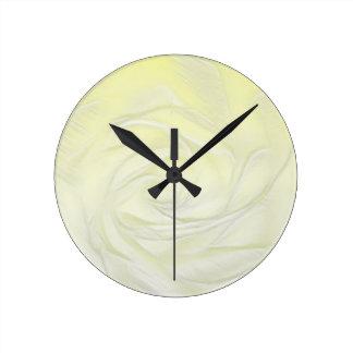Relógio Redondo Abstrato do rosa amarelo