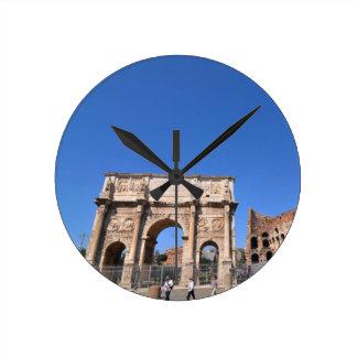 Relógio Redondo Arco em Roma, Italia