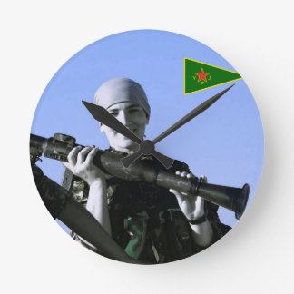 Relógio Redondo Arte curdo do lutador 4 de YPJ