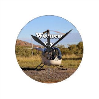 Relógio Redondo As mulheres voam: Helicóptero 2 (brancos)