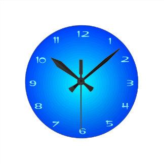 Relógio Redondo Azul da planície com os pulsos de disparo do
