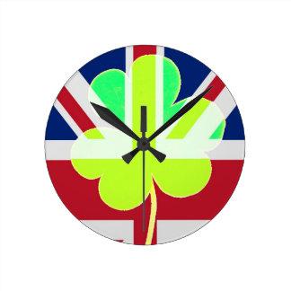 Relógio Redondo Bandeira irlandesa do Reino Unido do trevo do