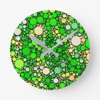 Relógio Redondo Bolhas de Zazzy, verdes