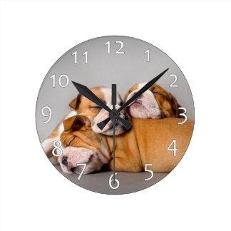 Relógio Redondo Buldogue inglês do sono