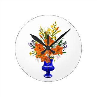 Relógio Redondo Buquê do lírio de tigre no vaso azul