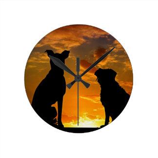 Relógio Redondo Cães no por do sol
