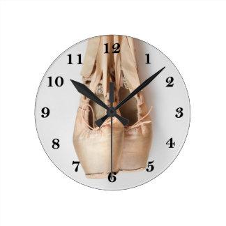 Relógio Redondo Calçados de Pointe