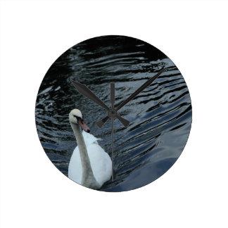 Relógio Redondo Cisne branca