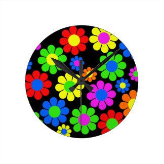 Relógio Redondo Colagem da flor do hippy