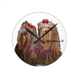 Relógio Redondo Coleção do amor de Yorkie