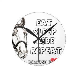 Relógio Redondo Coma a repetição do passeio do sono
