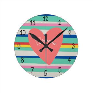 Relógio Redondo Coração feminino do arco-íris bonito