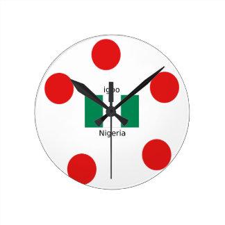 Relógio Redondo Design da língua da bandeira e do Igbo de Nigéria