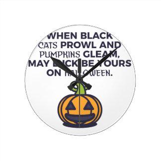 Relógio Redondo Design do Dia das Bruxas das abóboras do gato