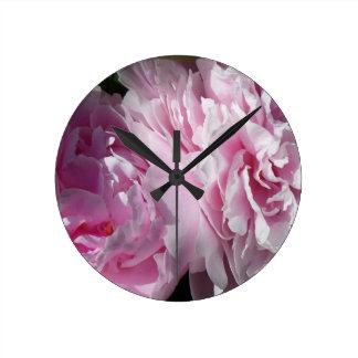 Relógio Redondo DPP cor-de-rosa dobro das peônias