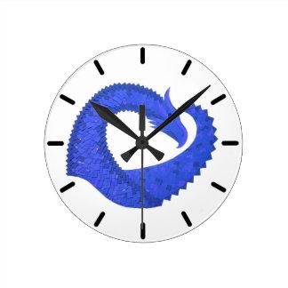Relógio Redondo Dragão azul do coração no branco