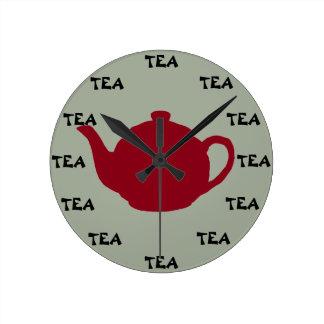 Relógio Redondo É A QUALQUER MOMENTO o tempo do chá!
