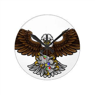 Relógio Redondo Eagle Esports ostenta a mascote do Gamer