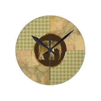 Relógio Redondo Elefante africano no mapa e no Argyle