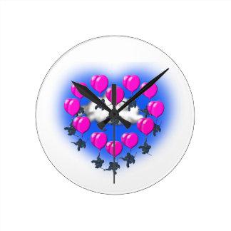 Relógio Redondo elefantes do vôo em uma forma do coração
