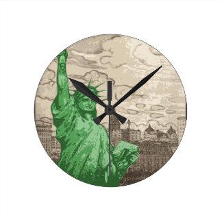Relógio Redondo Estátua da liberdade clássica