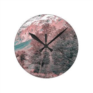 Relógio Redondo Estrada vazia do cascalho - Parque Nacional Los
