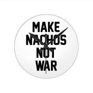 Relógio Redondo Faça a guerra dos Nachos não