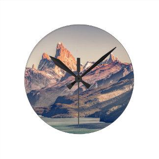 Relógio Redondo Fitz Roy e Patagonia das montanhas de Poincenot