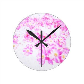 Relógio Redondo Flor cor-de-rosa do Dogwood