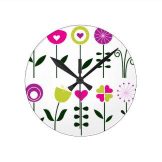 Relógio Redondo Flores populares/preto cor-de-rosa mágico no