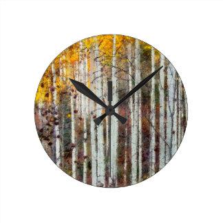Relógio Redondo Floresta enevoada do vidoeiro