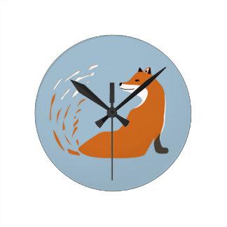 Relógio Redondo Foxy toma a pose