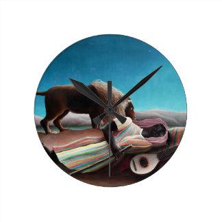 Relógio Redondo Henri Rousseau o vintage aciganado do sono