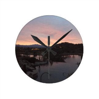 Relógio Redondo Nascer do sol lateral da piscina