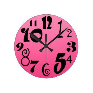 Relógio Redondo Números Funky - máscaras do inclinação do rosa