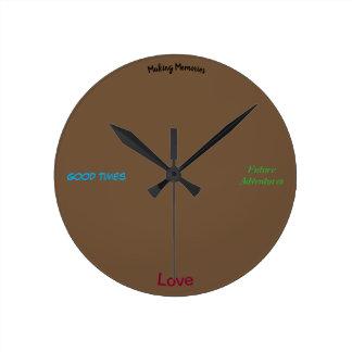 Relógio Redondo O amor, memórias, aventura-se o pulso de disparo