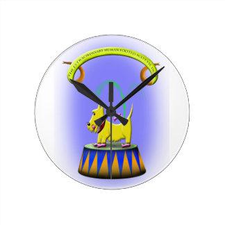 Relógio Redondo o cão footed humano extraordinário do scottie
