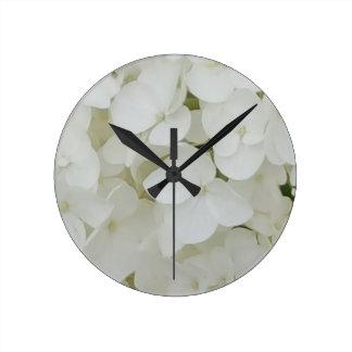 Relógio Redondo O Hydrangea floresce a flor elegante branca floral