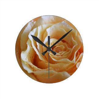 Relógio Redondo O pêssego do mel aumentou