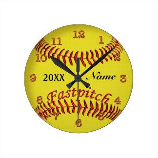 Relógio Redondo O softball personalizado cronometra seus NOME e
