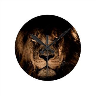 Relógio Redondo olhos africanos do fim da juba do leão