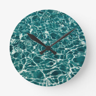 Relógio Redondo Ondas legal da piscina