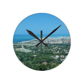 Relógio Redondo Panorama aéreo espectacular da cidade de Livorno,