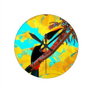Relógio Redondo Pássaro tropical de Toucan