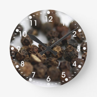 Relógio Redondo Pimenta preta