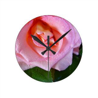 Relógio Redondo pingo de chuva-rosa