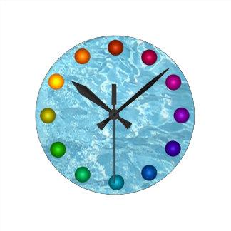 Relógio Redondo Piscina branca azul da luz solar do pulso de