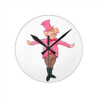 Relógio Redondo Porco em um chapéu alto