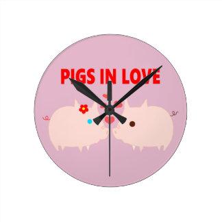 Relógio Redondo porcos no amor