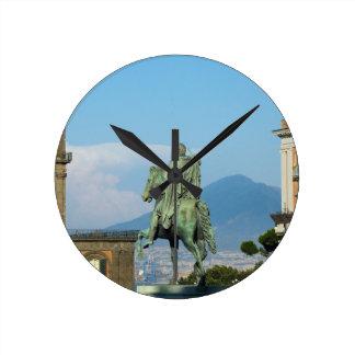 Relógio Redondo Praça del Plebiscito, Nápoles